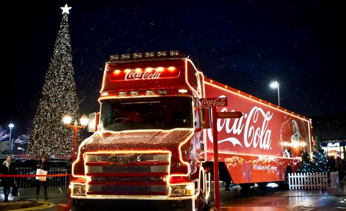 фирменный стиль coca cola