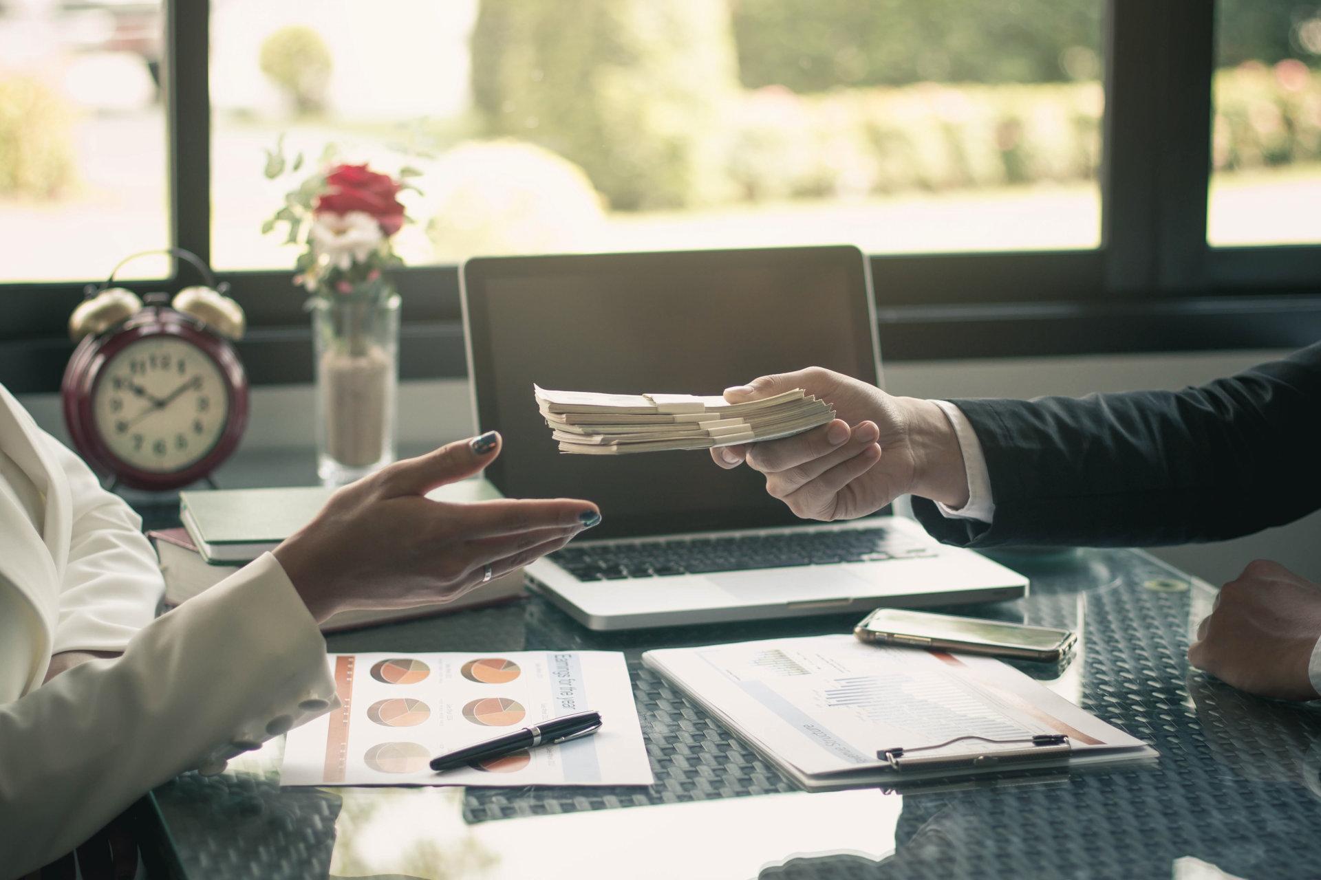 Материальная мотивация: как платить сотрудникам?